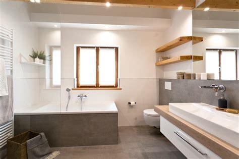 Badsanierung Acht Schritten Zum Neuen Badezimmer by So Geht Badsanierung Heute Banovo Das Komplette Bad Aus
