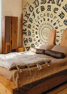 Bedroom wall decoration ideas decoholic for Cool ideas for bedroom walls