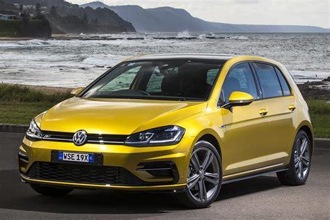 volkswagen golf wagon highline  review snapshot