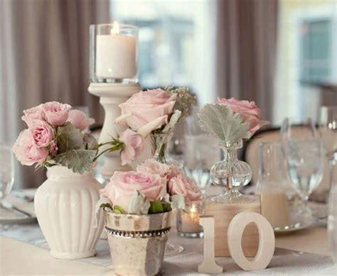 exemple deco table ronde mariage comment d 233 corer le centre de table mariage