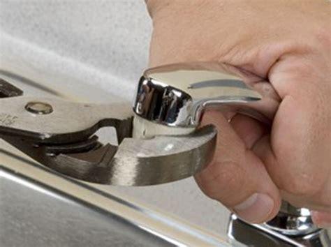 clean  faucet aerator  sink sprayer dummies