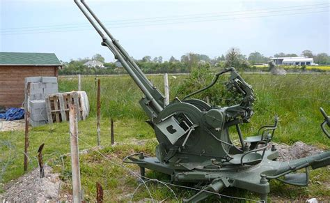 Military History Of the 20th Century: Twin 20MM AA gun