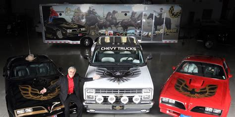 barrett jackson  auction vehicles   burt reynolds