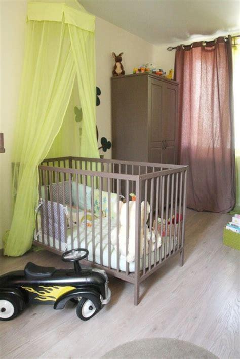 chambre vert anis davaus chambre couleur taupe et vert anis avec des