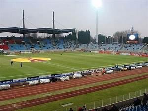 Renault Lille Métropole Villeneuve D Ascq : stadium lille m tropole villeneuve d 39 ascq ~ Gottalentnigeria.com Avis de Voitures