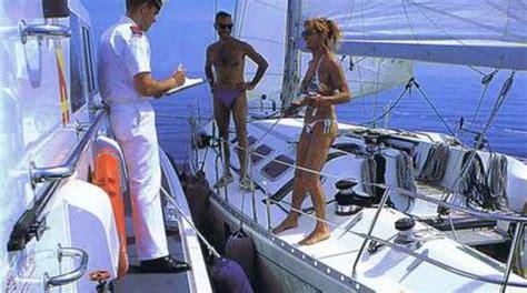 capitaneria di porto imperia quot mare sicuro 2015 quot la guardia costiera vigila su bagnanti