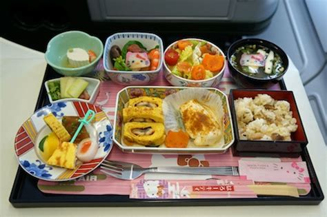 hello cuisine 15 airline meals that go above and beyond we feast