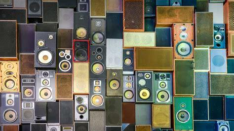 speakers bing wallpaper