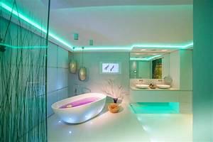 Modern Badezimmer Design : spadesign mit tv modern badezimmer k ln von ~ Michelbontemps.com Haus und Dekorationen