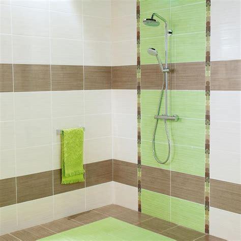 carrelage salle de bain vert