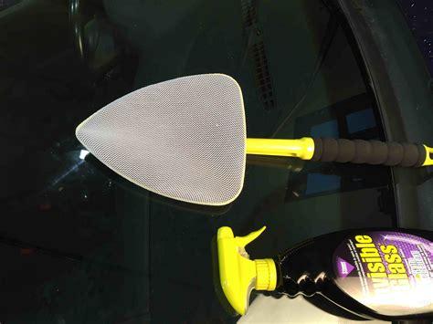 invisible glass reach clean tool de la marque stoner est un accessoire vous permettant de