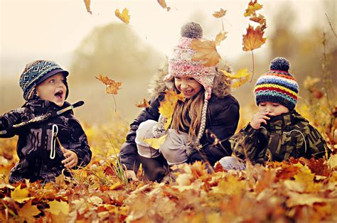 Beautiful Picture Of Children Play Wallpaper Of Autumn