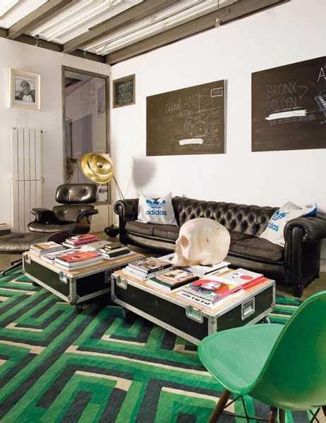 themed decor ideas  creative teenage bedroom
