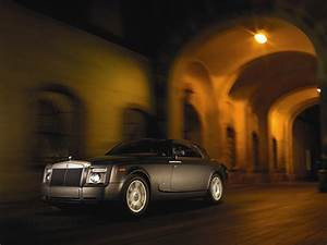 Windows Home Ilona Wallpapers Royal Royals Car Wallpapers Latest 2011