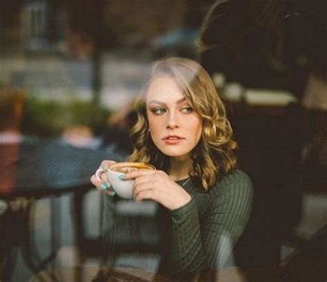 Create a theme on your page. Home   Coffee shop photography, Female portrait, Photoshoot