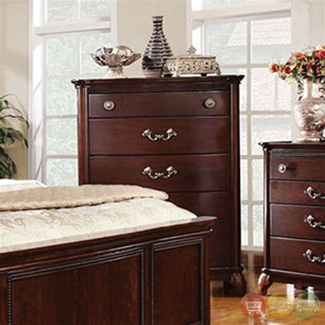 claymont traditional cherry bedroom set with large raised