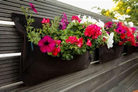 Kleinen Balkon Bepflanzen by Kleinen Balkon Gestalten Ideen Zur Versch 246 Nerung Bauen De