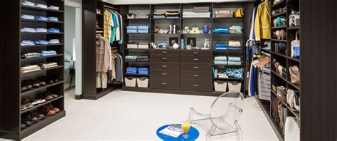 How Much Is A Walk In Closet by Infographic How To Plan Your Walk In Closet Easyclosets
