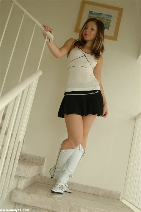 Cute teen in skirt and boots - Pichunter