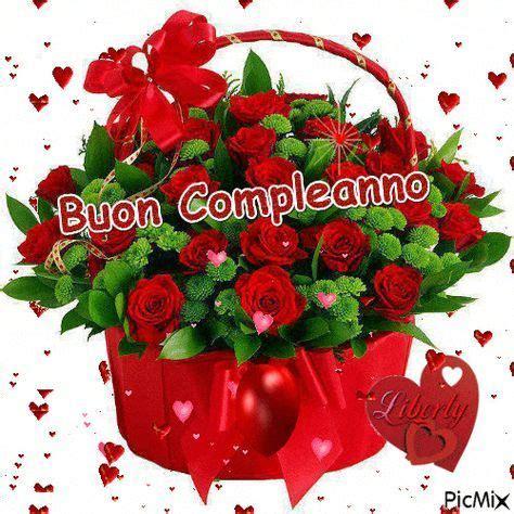 Buon anniversario amore immagini e frasi da condividere. Bouquet di splendide rose con cuori - Immagini con Frasi, Foto, Carte e Gif di Gifs per scaric ...