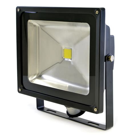 outdoor led security floodlight with pir sensor 50 watt