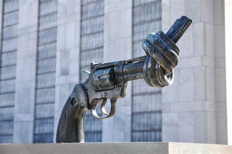When Guns Were Not Taboo: Reflections on American Gun Culture