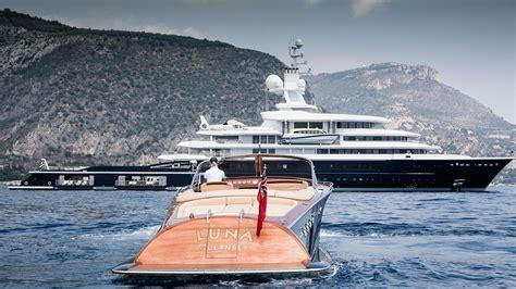 luna yacht charter details lloyd werft  stahlbau