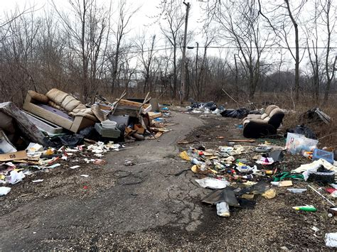 Weeks Upholstery Springfield Il by It S A Dump Trash Complaints Are But Not In