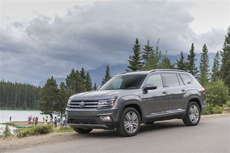 Vw Atlas Size by 2018 Volkswagen Atlas Review Vw S 7 Seat Suv Built For