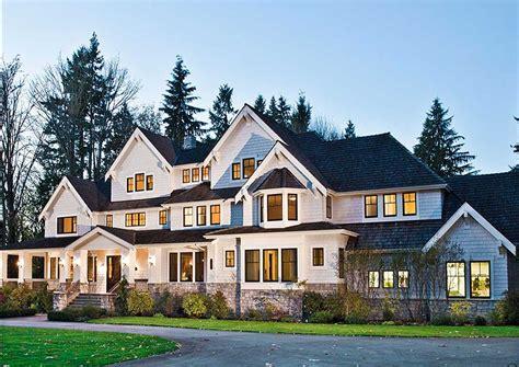 plan jd luxury   levels  images luxury craftsman house plans craftsman house