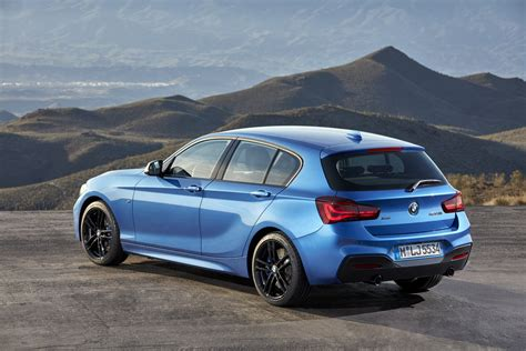 Facelifted Bmw 1 Series Revealed Carscoza
