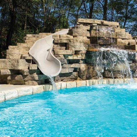 lampus rosetta outcropping  barn landscape supply