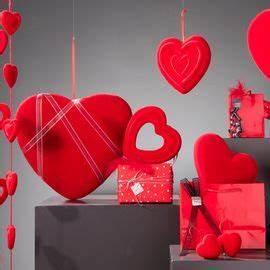 Vitrine Saint Valentin : d coration vitrine saisonni re de magasin retif ~ Louise-bijoux.com Idées de Décoration