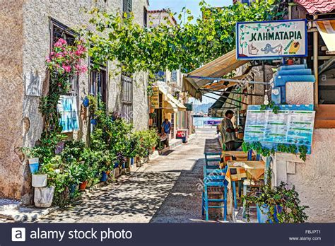 Griechische Tavernen Möbel by Traditionelle Griechische Taverne In Den Hafen 196