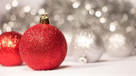 red sparkly christmas ornaments hd desktop wallpaper