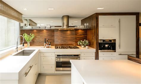 cuisine en inox cuisine moderne en bois et inox