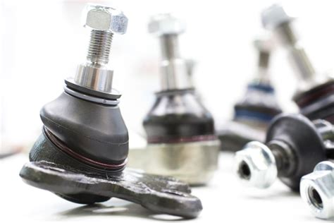 symptoms   bad  failing ball joint front