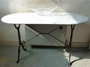 Table Marbre Ovale : table ovale marbre blanc offres juillet clasf ~ Teatrodelosmanantiales.com Idées de Décoration