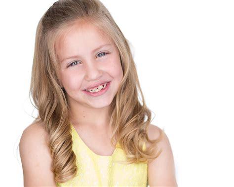 headshot photography session  child actor faith healey