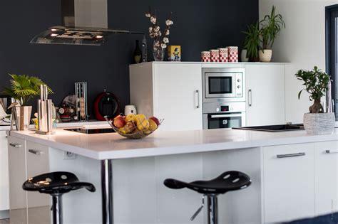 cuisine agen réalisation d 39 une cuisine avec plan de travail duropal par