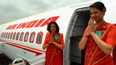 Cabin Crew In Mumbai by Air India Air Hostess Falls Plane At Mumbai Airport