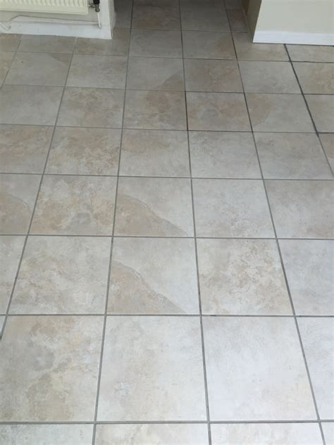 tile cleaning and grout recolouring of white pitted