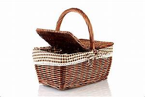 wedding gifts 50 practical things you can gift newly weds With wedding gift picnic basket
