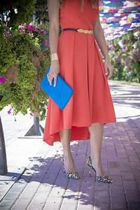 Kleid Mit Stiefeletten : 1001 ideen f r rotes kleid welche schuhe zu w hlen ~ Frokenaadalensverden.com Haus und Dekorationen