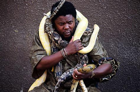 inyanga  snakes  heal
