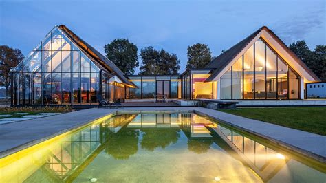 gorgeous greenhouse  home   netherlands soaks  daylight