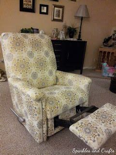 Reupholster Lazy Boy Cost by Best 25 Recliner Cover Ideas On Lazyboy Diy