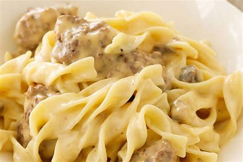 Cut up velveeta cheese and add rotel tomatoes. 10 Best Ground Beef Velveeta Casserole Recipes
