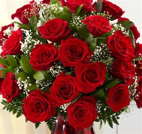 classic  red roses bouquet flowers delivery