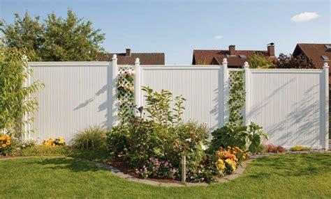 Garten Sichtschutzzaun Kunststoff by Sichtschutzzaun Holz Wpc Montiert Oder Angeliefert